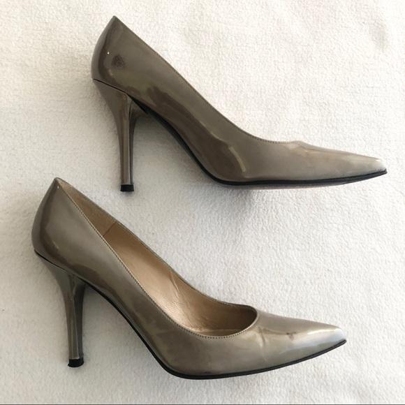 Stuart Weitzman Shoes - Stuart Weitzman Pumps 35
